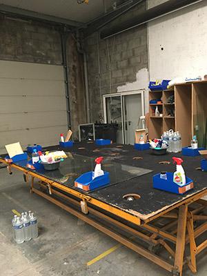 Mesures d'hygiène covid 19 atelier et chantier de fabrication de La Rochelle des Menuiseries et Miroiterie d'Aunis
