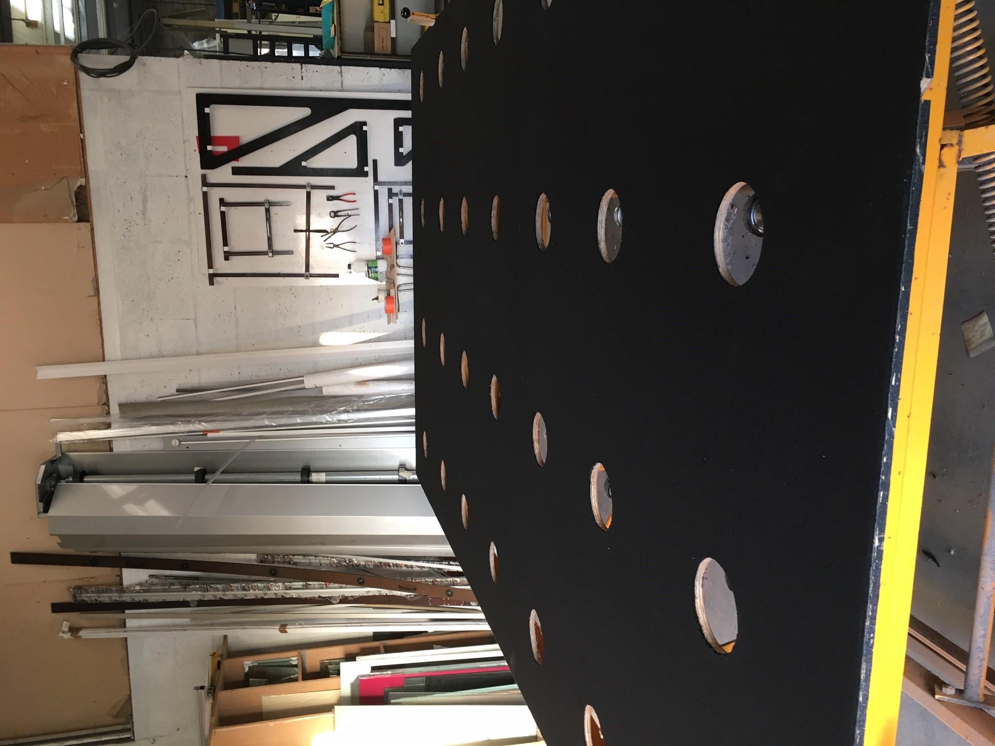 Découpe de verre sur mesure la Rochelle Zoom Table de découpe de menuiserie d'Aunis