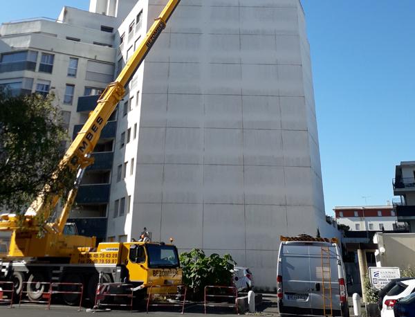 Chantier difficile à La Rochelle : Rénovation des menuiseries d'un appartement au 6ème étage