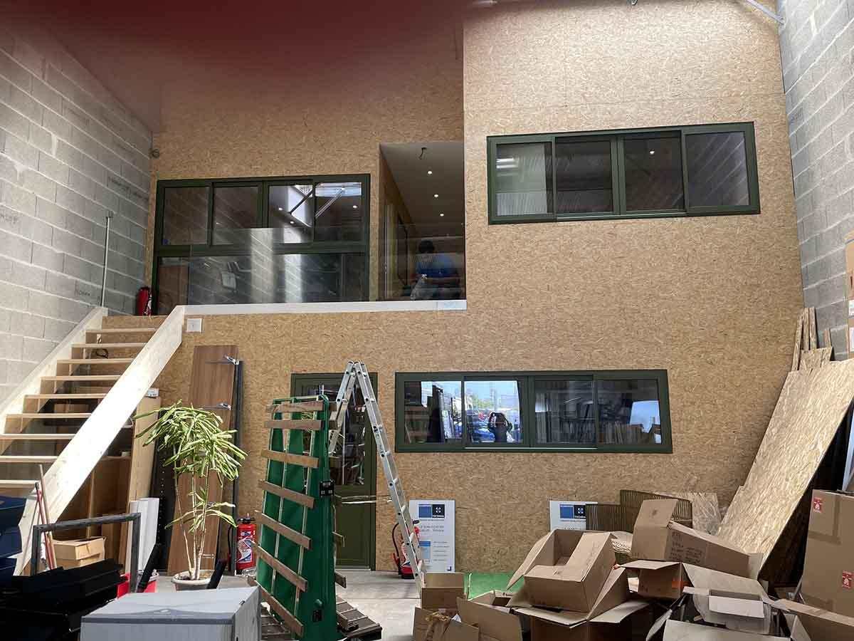 Nouveaux bureaux de la Miroiterie & Menuiseries d'Aunis dans le Parc Atlantica de La Rochelle